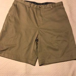 Vineyard Vines Men's Khaki Flat Front Shorts